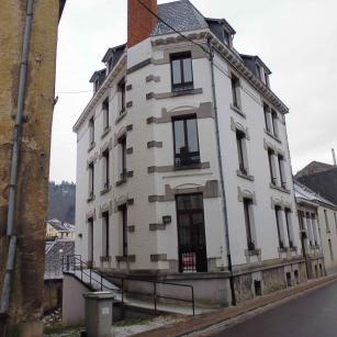 Bouillon rue du collège 3 - Façade avant