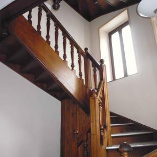 Bouillon rue du collège 3 - Cage d'escalier