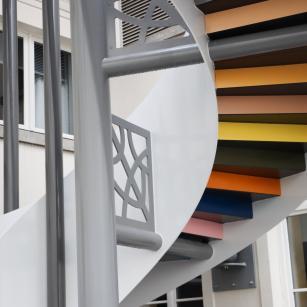 Detail van de buitentrap / Détail de l'escalier extérieure