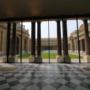 Tervuren - Koninklijk Museum voor Midden-Afrika - Zicht op de binnenkoer | Tervueren - Musée royal de l'Afrique centrale - Vue sur la cour intérieure