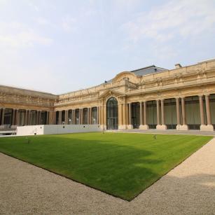 Tervuren - Koninklijk Museum voor Midden-Afrika - Zicht vanop de binnenkoer | Tervueren - Musée royal de l'Afrique centrale - Vue de la cour intérieure