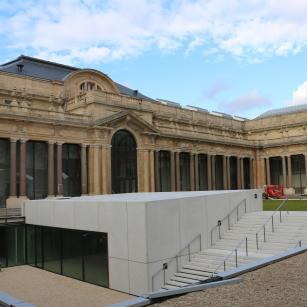 Tervuren - Koninklijk Museum voor Midden-Afrika - Binnenkoer | Tervueren - Musée royal de l'Afrique centrale - Cour intérieure